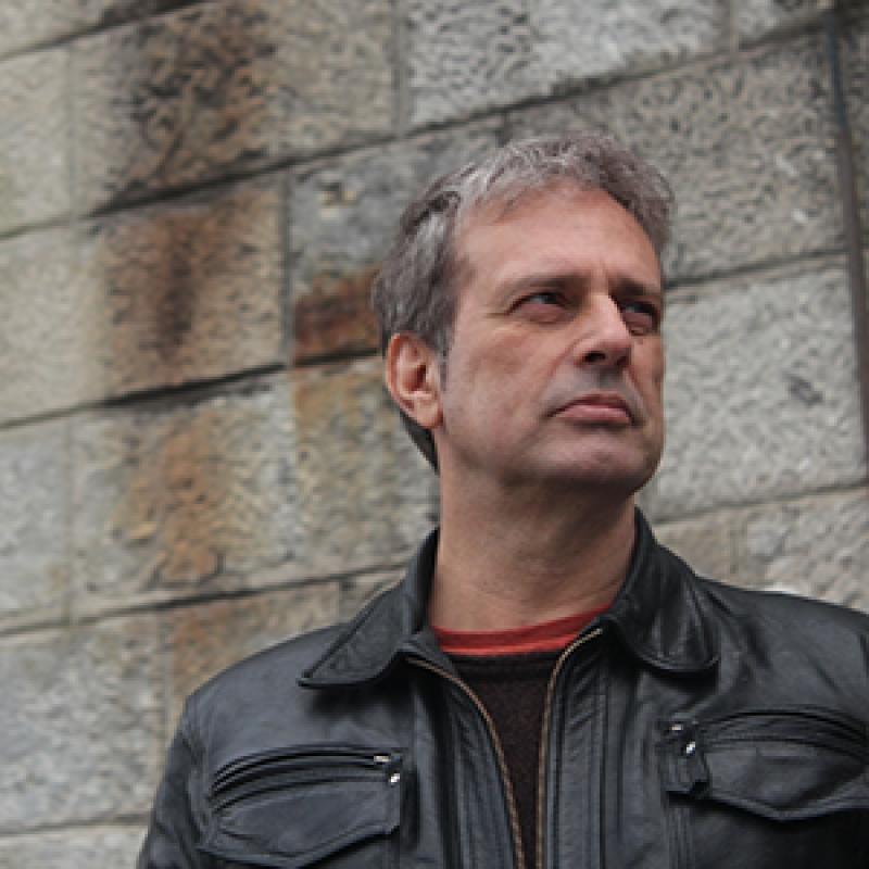 Adolfo Luxúria Canibal - Sobre o Portal Música e Músicos