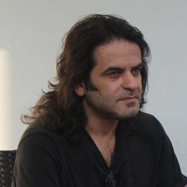 João Gabriel  - Proprietário do bar Moi-te
